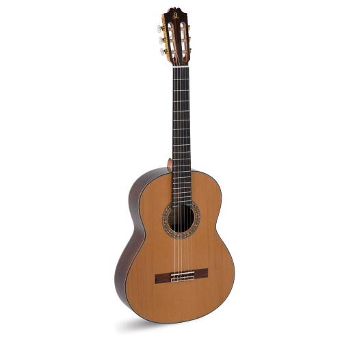 Admira A15 Klassinen kitara