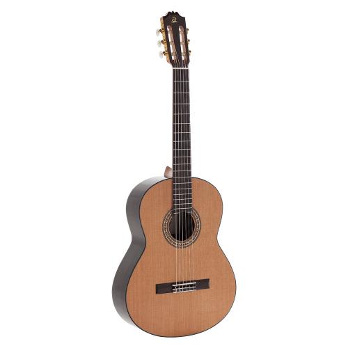 Admira A6 Klassinen kitara