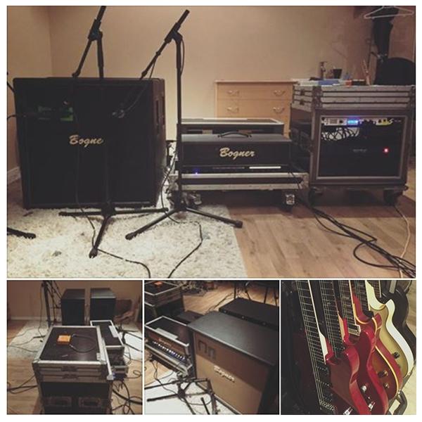 ToneHills Studio - Raskasta Joulua IV